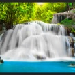 Fototapeta - Przy wodospadzie A0-XXLNEW010708