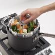 Naczynie do gotowania na parze Joseph Joseph Lotus Plus szare 40024