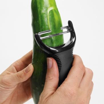 Obieraczka do warzyw Y OXO Good Grips czarna