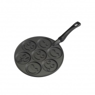 Patelnia 7,5cm do pancakes Nordic Ware Smiley Face czarna