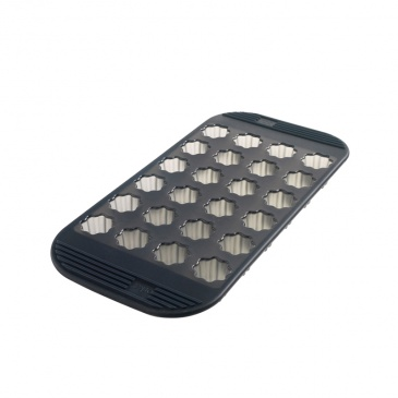 Silikonowa forma na 24 mini canele Mastrad